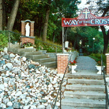 Way of the Cross Attractions