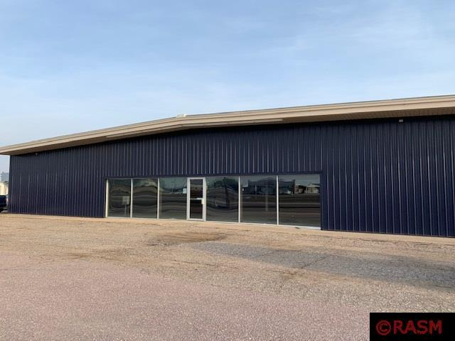 Available Space   New Ulm Chamber & CVB
